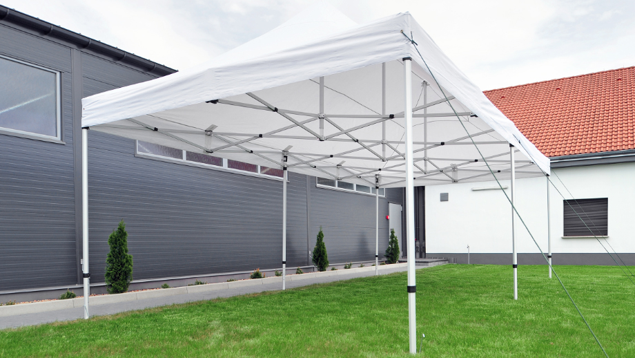 Namiot handlowy - ekspresowy pawilon wielozadaniowy