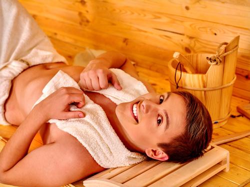 jakie są zalety korzystania z sauny suchej